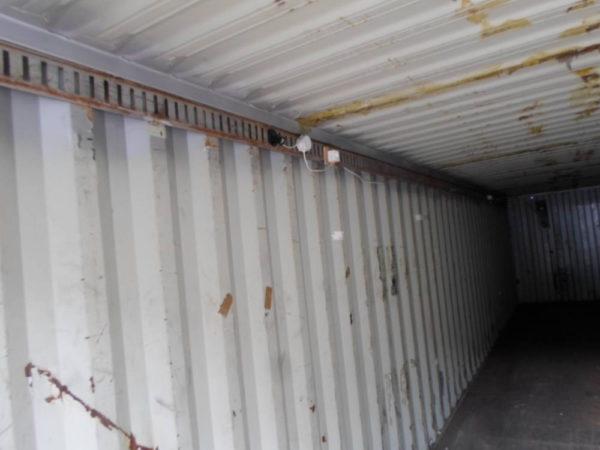 Вид контейнера под склад изнутри